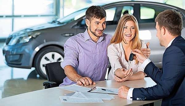 requisitos para comprar un auto usado en chile