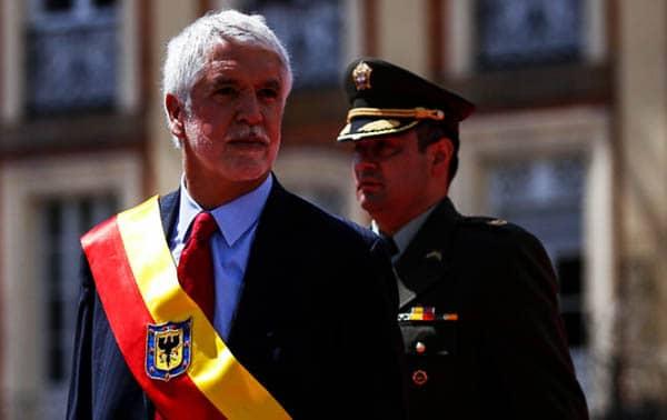 requisitos necesarios para ser alcalde en colombia