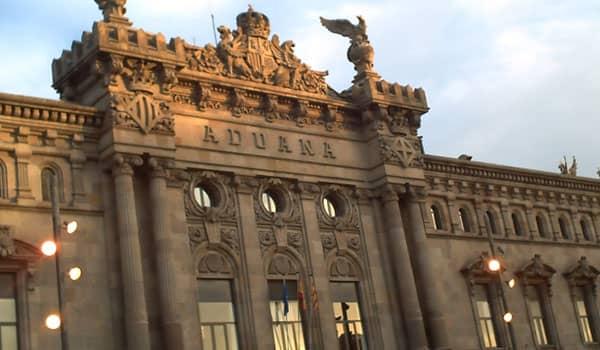 Cómo saber si un paquete esta retenido en Aduanas en España